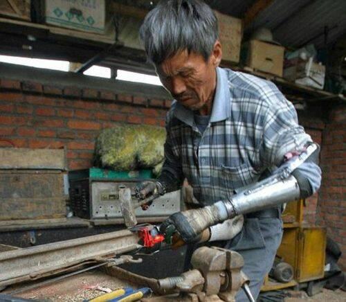 chinas maos roboticas (4)