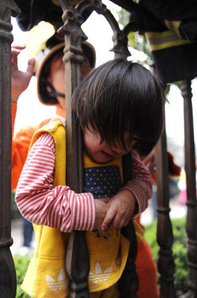 criancas entrando numa fria (4)